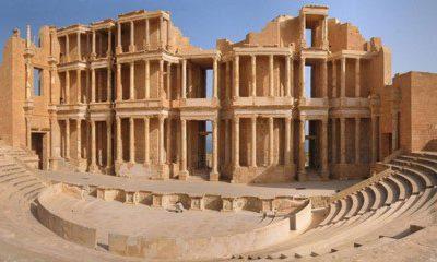Tàn tích của một sân khấu ở thành phố Sabratha thời Roma, phía tây Tripoli.