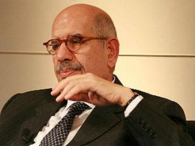 Ông ElBaradei trong cuộc họp báo trước khi rời Tripoli.