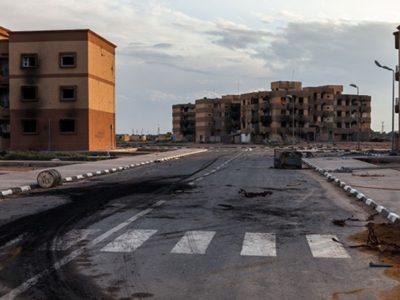 Nền kinh tế chiến tranh của Libya vẫn tiếp tục tồn tại, nhưng triển vọng phục hồi và đặc biệt là khả năng điều hành từ trung ương càng trở nên xa vời. (Nguồn: Publicfinanceinternational)