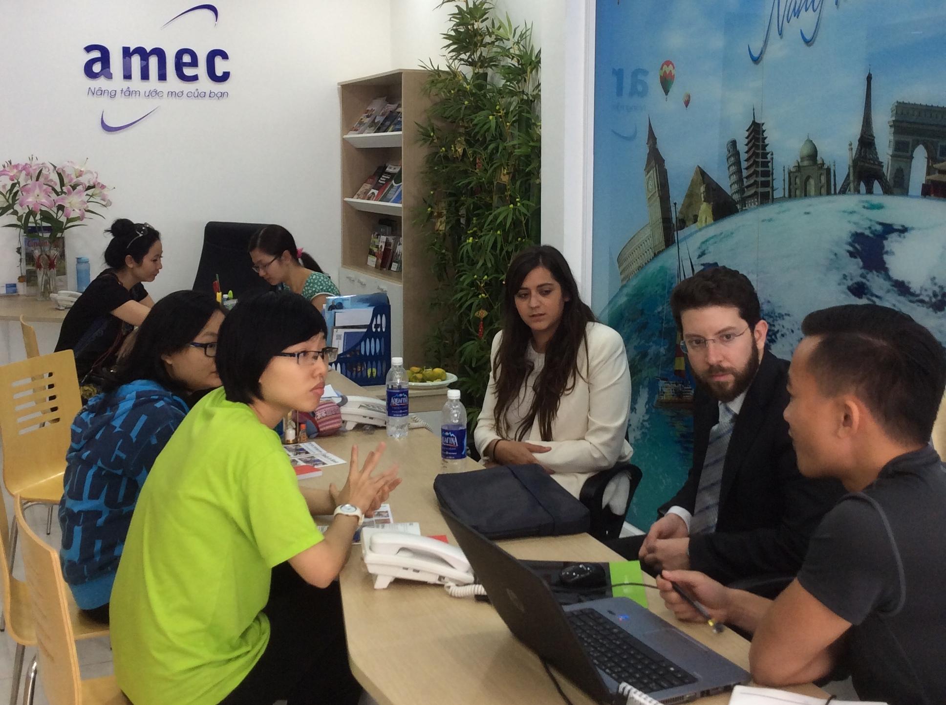 Công ty tư vấn du học và dịch thuật Âu Mỹ (AMEC)