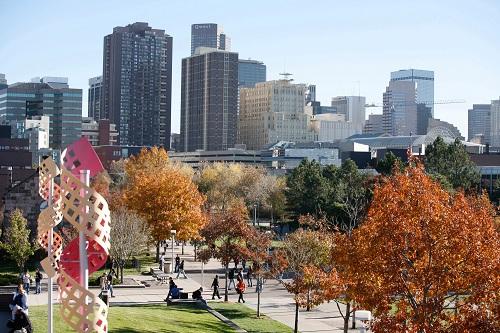 Colorado được vinh danh là tiểu bang có thế mạnh trong lĩnh vực thương mại, đứng thứ ba trong cả nước