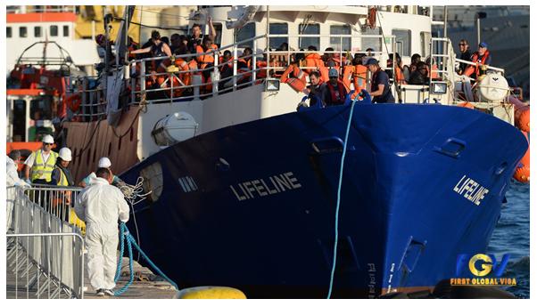 Tàu chở người dân Bồ Đào Nha