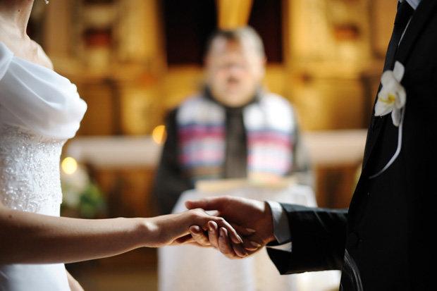 kết hôn để có thẻ xanh định cư Mỹ