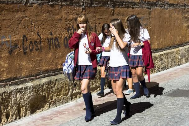 Học sinh Tây Ban Nha