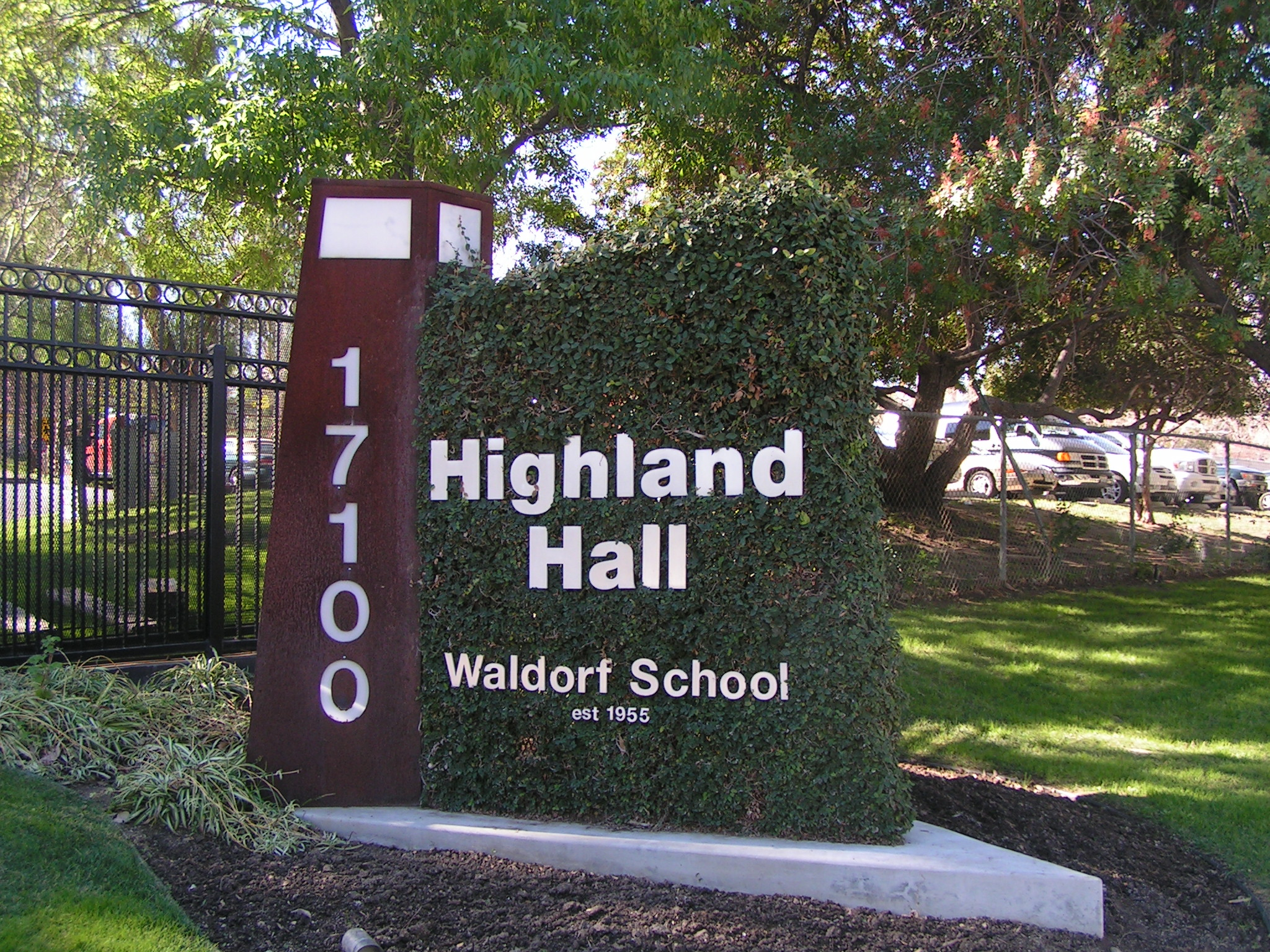 THPT Highland Hall Waldorf