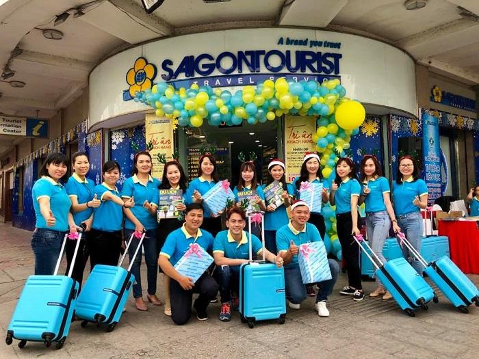 Nhân viên Saigontourist