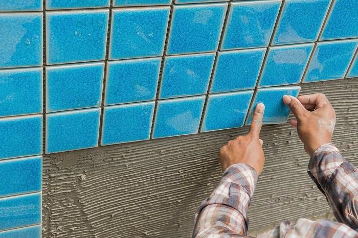 Keo dán gạch cho hồ bơi phải đảm bảo được độ an toàn cho công trình